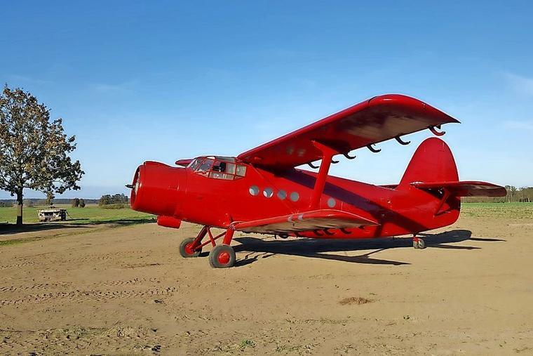 Diese-Antonow-steht-schon-bald-im-Erlebnis-Dorf-in-Elstal_w760.jpg