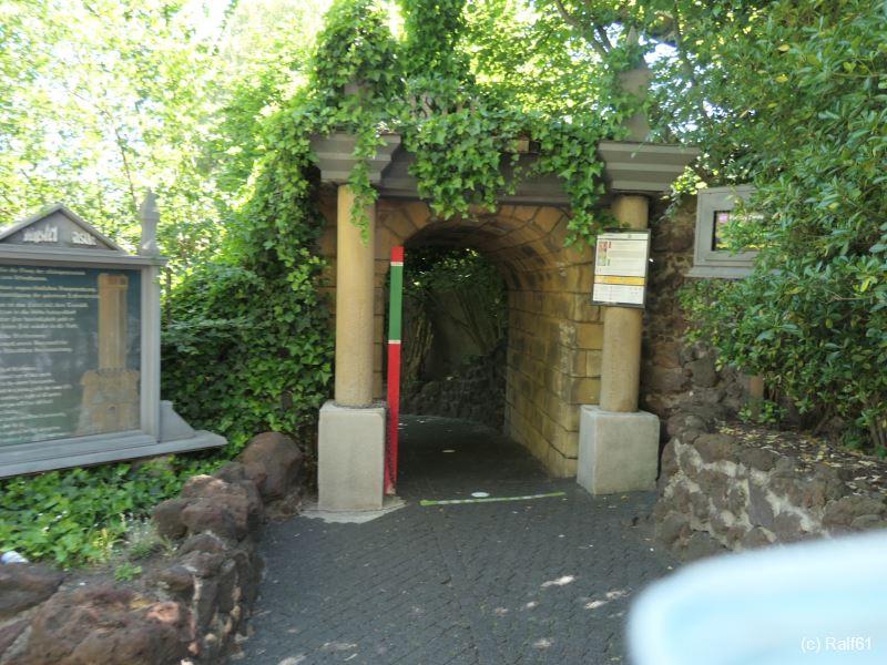 Phl 14-06-21 Mystery Castle voll 02.jpg