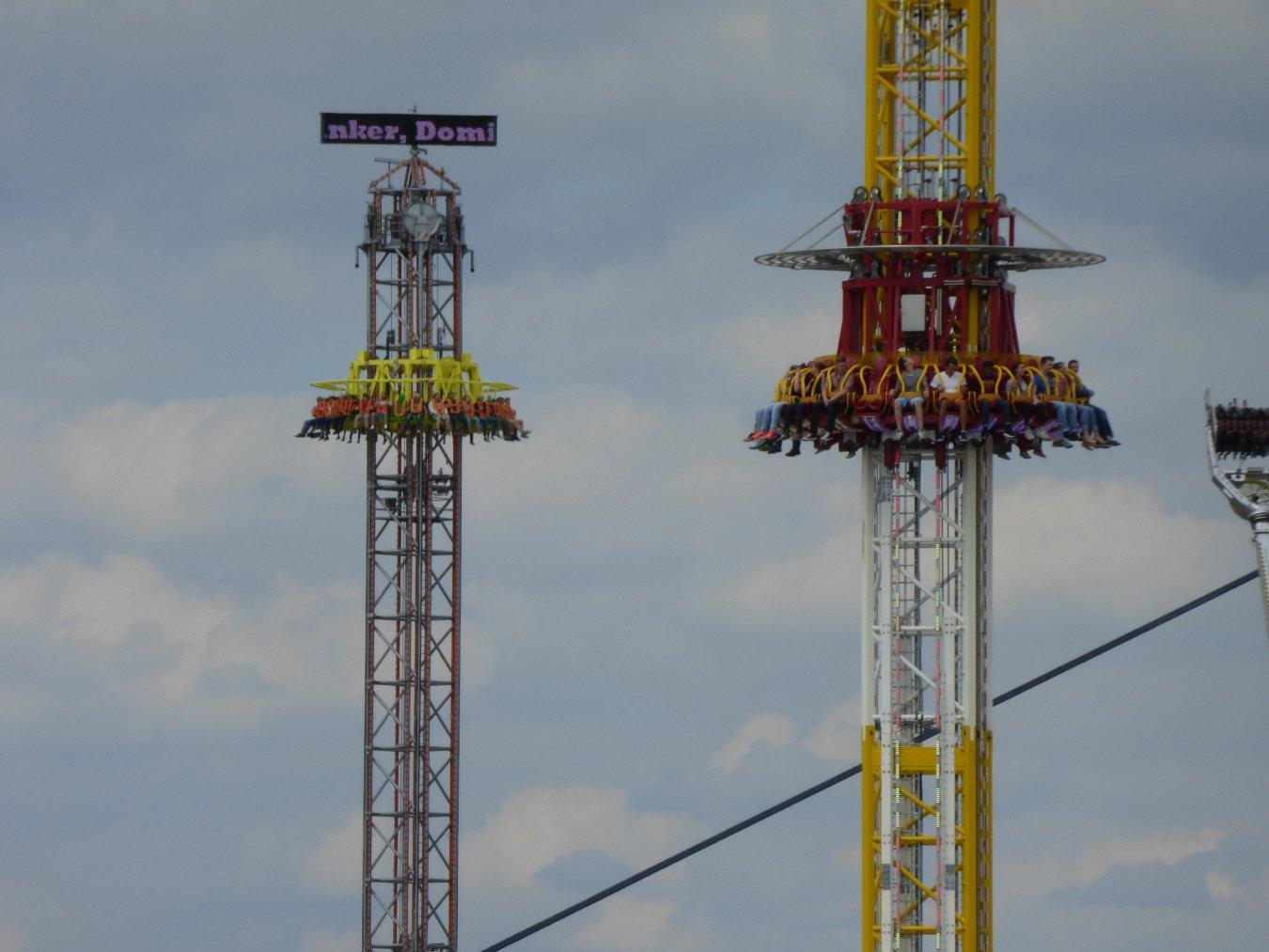 Rheinkirmes 2015 letzter Sonntag Hangover Power Tower 077.JPG