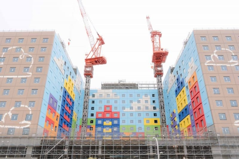 toy-story-hotel-tokyo-disneyland-construction-january-2021-3-800x533.jpg