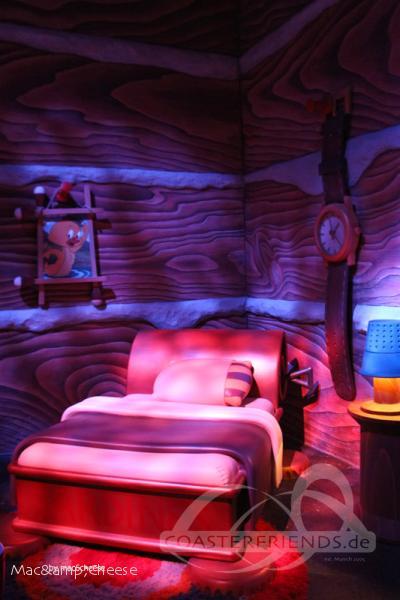 Tom and Jerry Swiss Cheese Spin im Park Warner Bros. World Abu Dhabi Impressionen