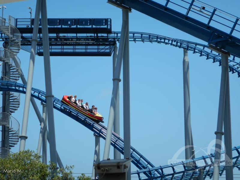 Storm Coaster im Park Sea World Impressionen