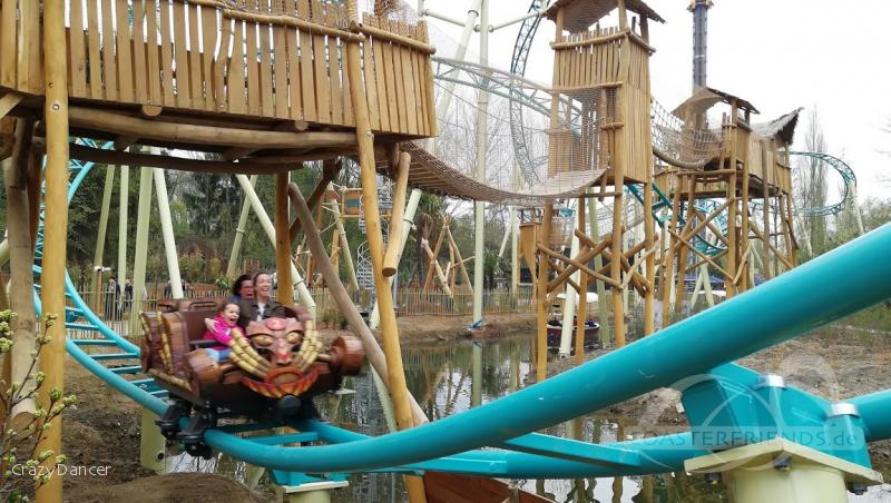 Tiki Waka im Park Walibi Belgium Impressionen
