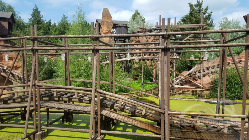 Calamity Mine im Park Walibi Belgium Impressionen