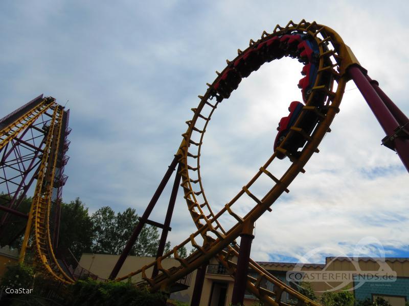 Cobra im Park Walibi Belgium Impressionen
