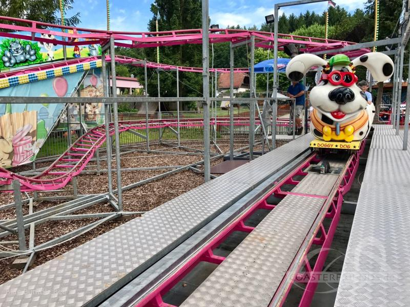 Doggy Dog im Park Freizeit-Land Geiselwind Impressionen