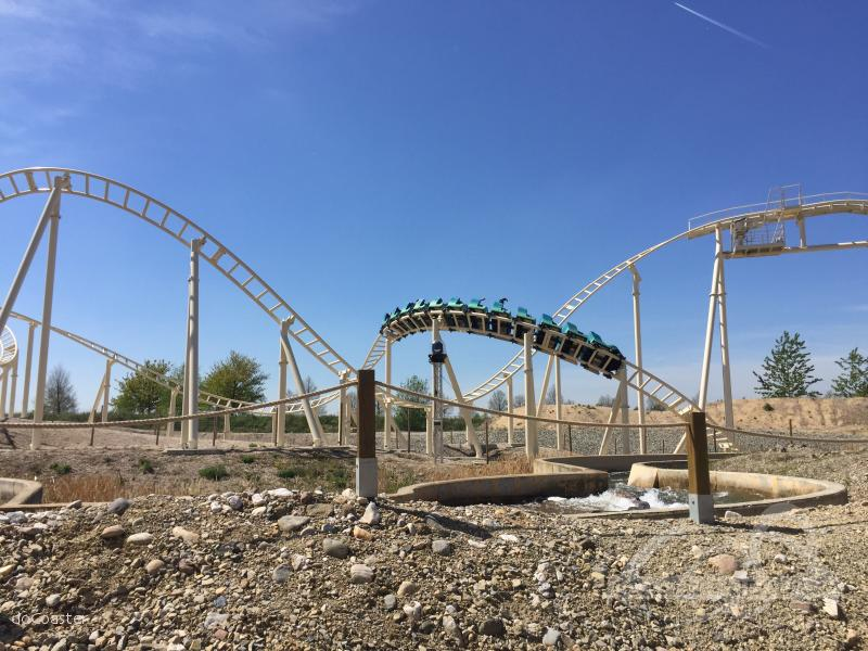 Cobra des Amun Ra im Park Belantis Impressionen