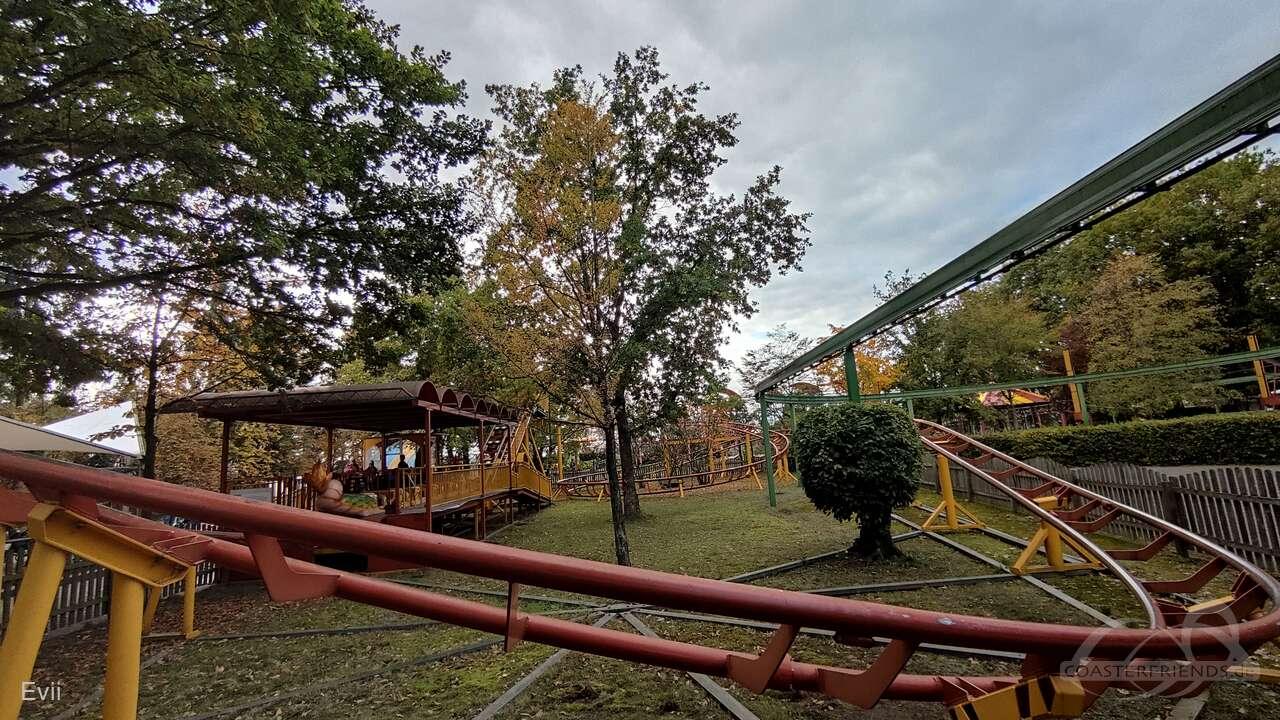 Familienachterbahn im Park Erse Park Uetze Impressionen