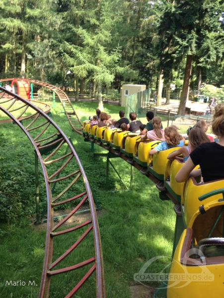 Die eiserne Schlange im Park Magic Park Verden Impressionen