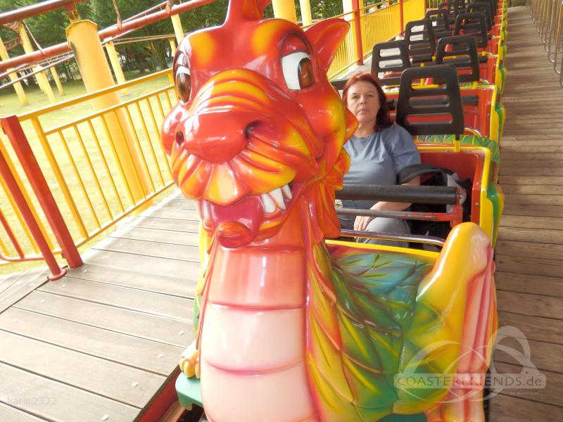 Drachen-Achterbahn im Park Tier- und Freizeitpark Thüle Impressionen