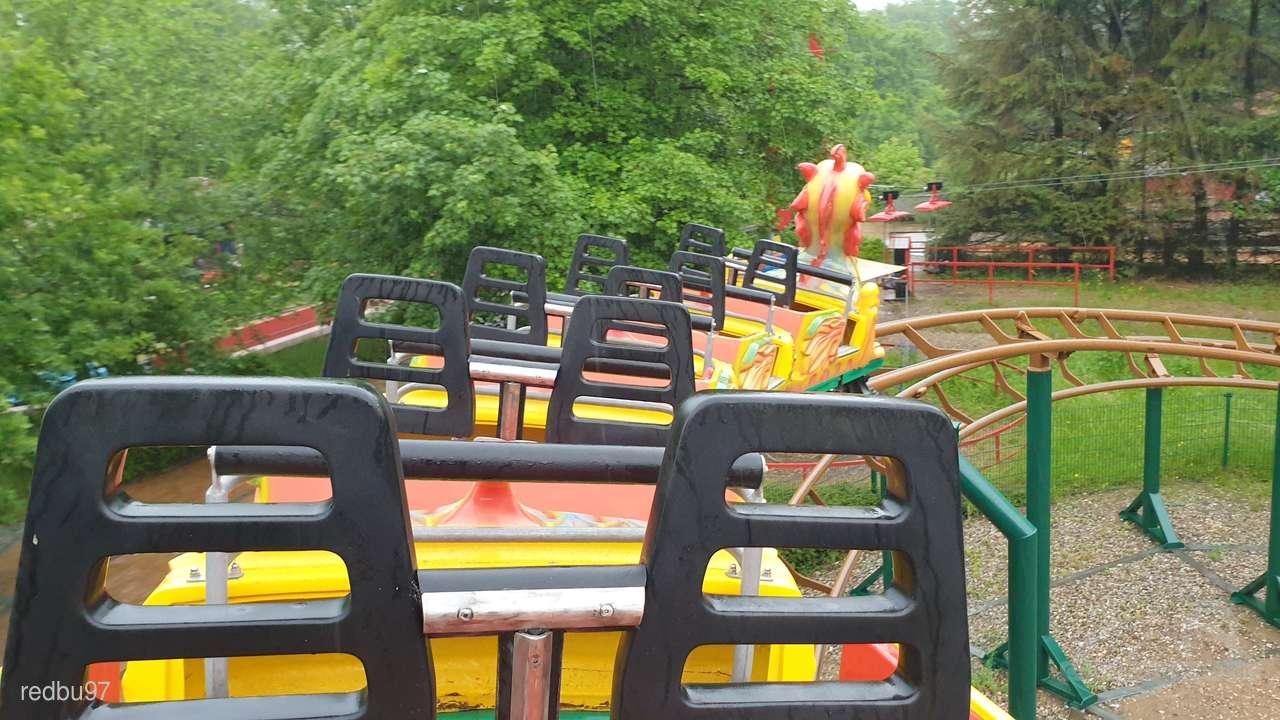 Familien-Achterbahn im Park Tolk Schau Impressionen