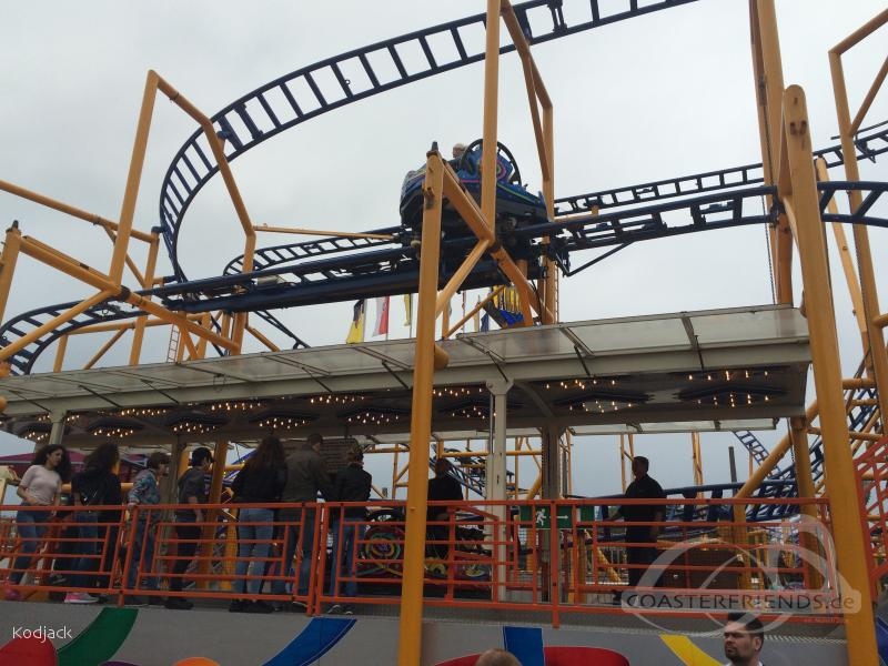 Spinning Racer im Park Bruch Familie Impressionen