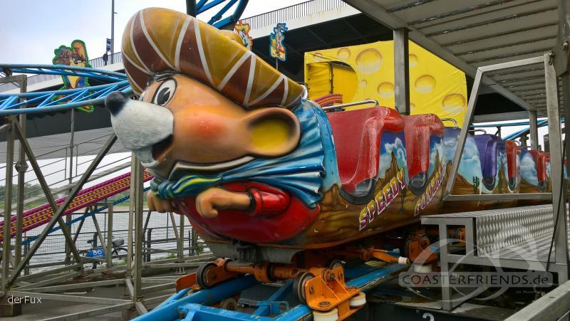 Speedy Gonzales (Mouse Style) im Park Walkhoefer Mandy u. Welte Marco Impressionen