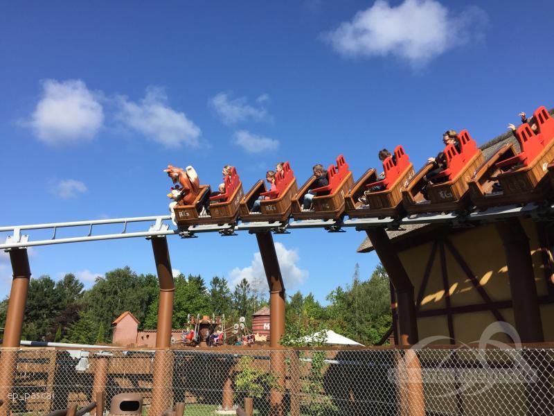 Vilde Hønsejagt im Park Djurs Sommerland Impressionen