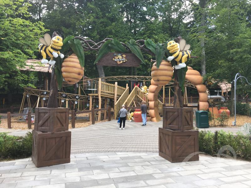 Bisværmen im Park Tivoli Friheden Impressionen