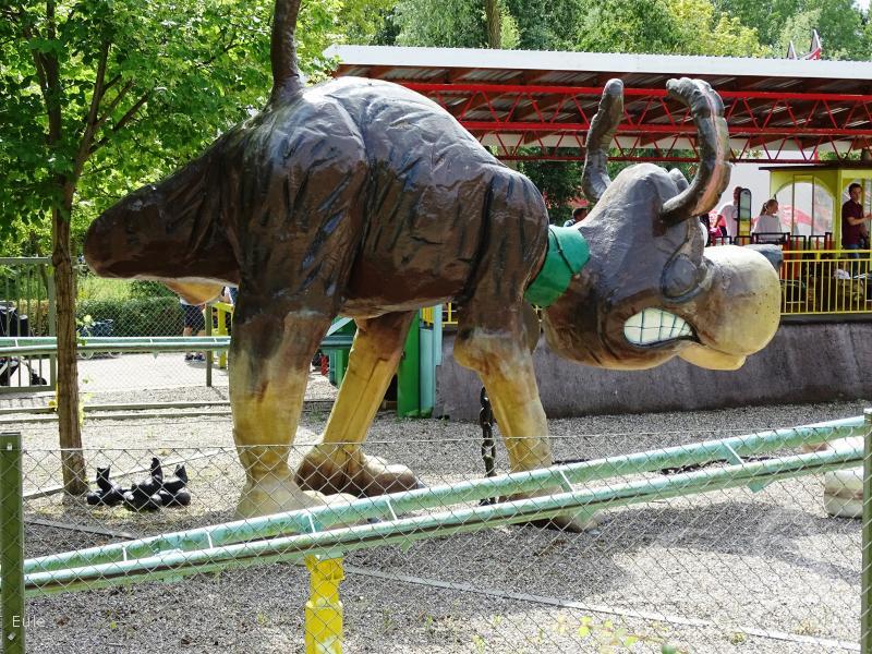 Hundeprutterutchebane im Park BonBon-Land Impressionen