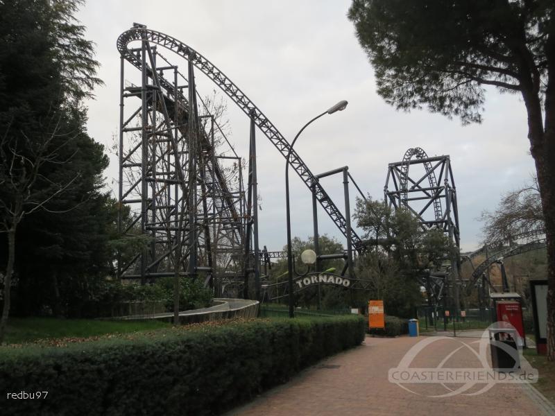 Tornado im Park Parque de Atracciones de Madrid Impressionen