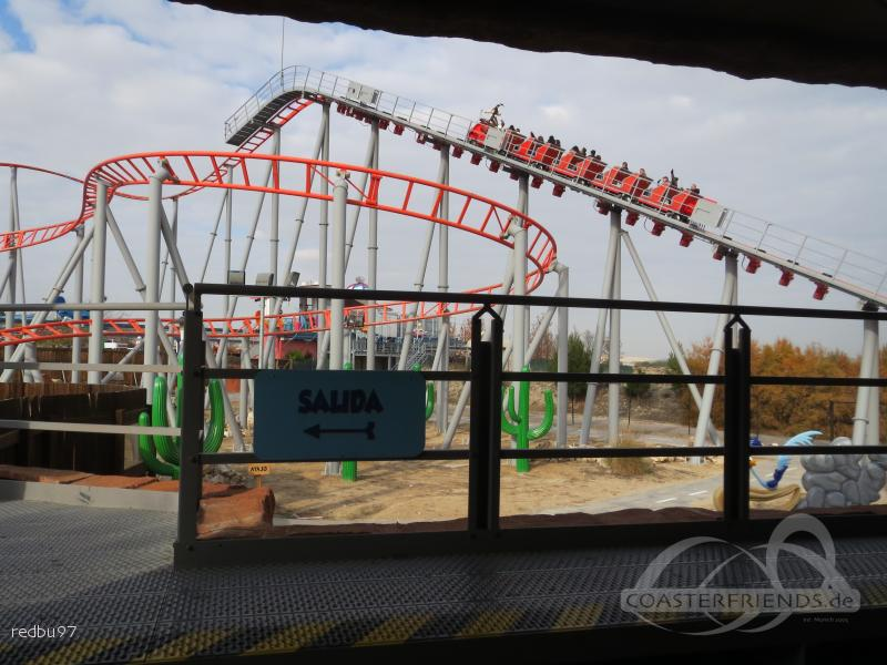 Correcaminos Bip Bip im Park Parque Warner Madrid Impressionen