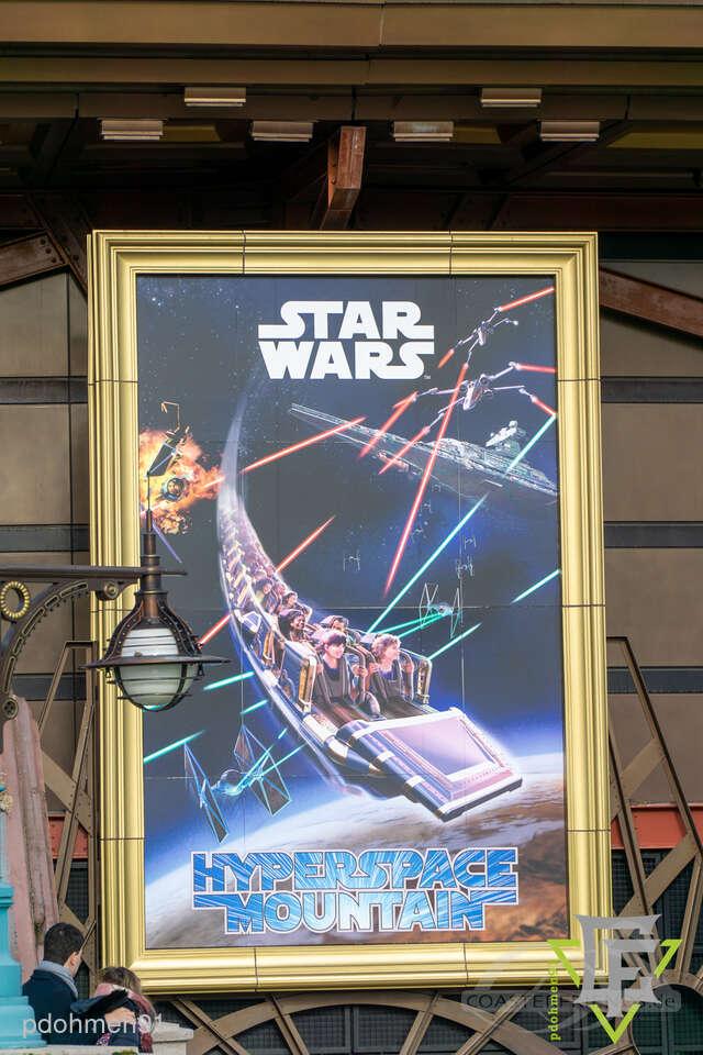 Star Wars Hyperspace Mountain: Rebel Mission im Park Disneyland Paris - Disneyland Park Impressionen