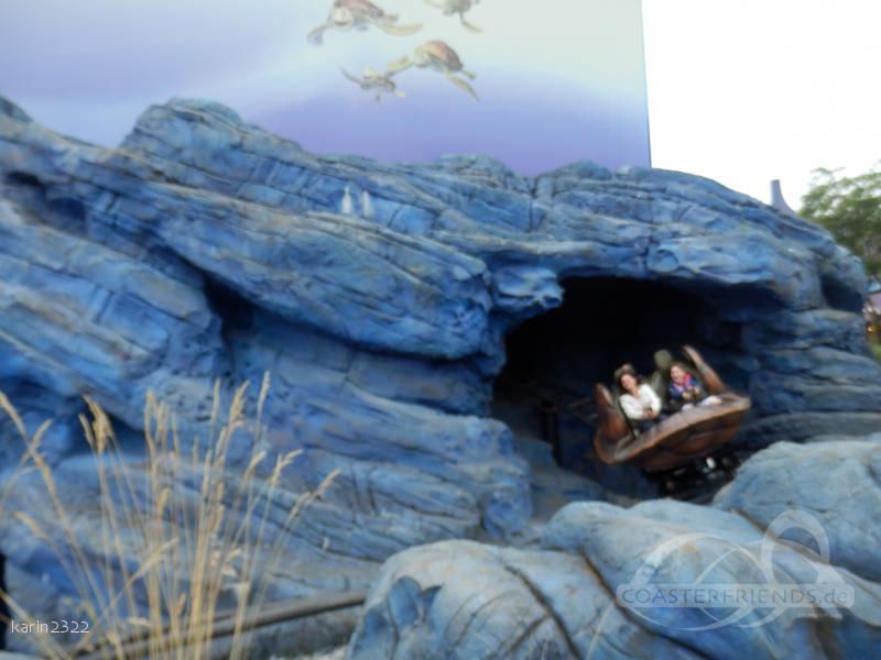 Crush's Coaster im Park Disneyland Paris - Walt Disney Studios Park Impressionen