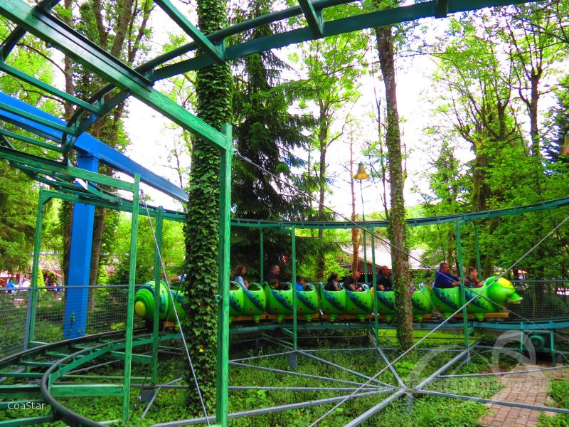 Chenille im Park Nigloland Impressionen