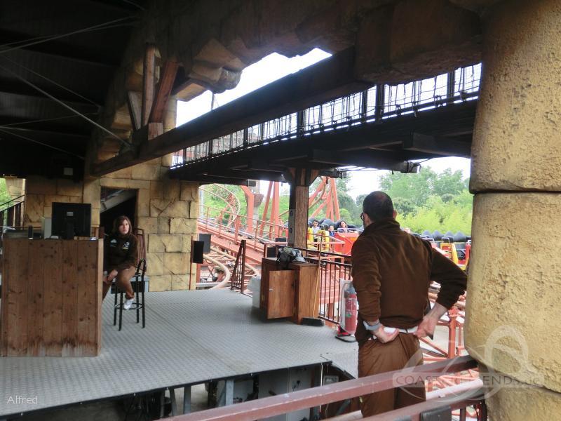 Max Adventures Master Thai im Park Mirabilandia Impressionen