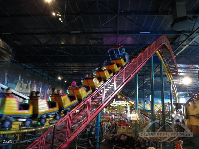 Toos-Express (Boomerang) im Park Toverland Impressionen