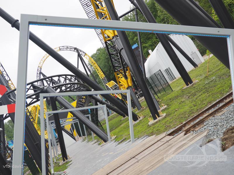 Lost Gravity im Park Walibi Holland Impressionen