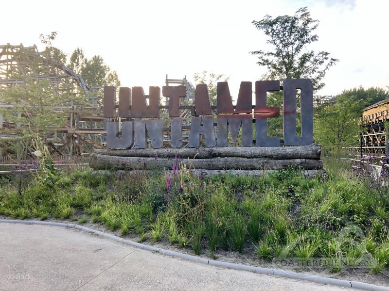Untamed im Park Walibi Holland Impressionen