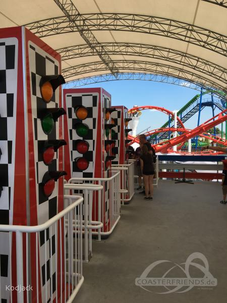 Formula Roller Coaster im Park Energylandia Impressionen
