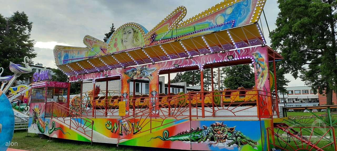 Smok im Park Lunapark Felner Impressionen