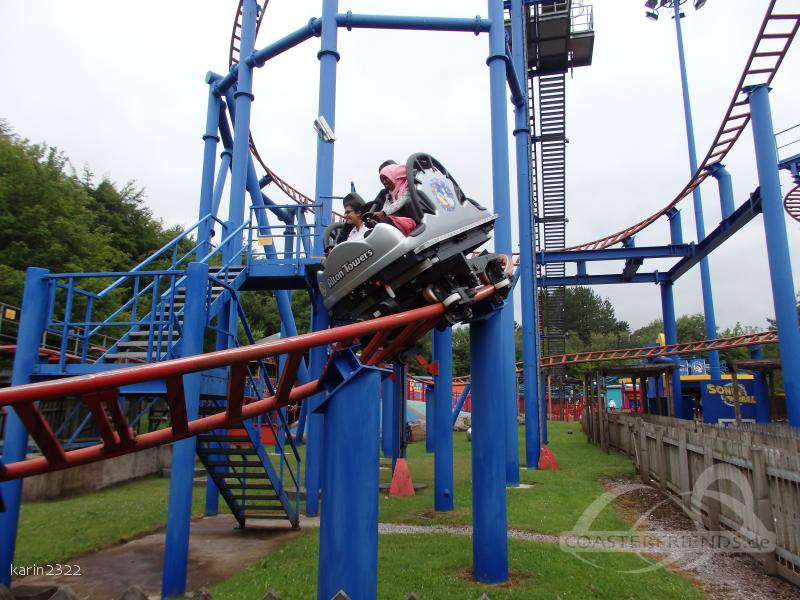 Spinball Whizzer (old name: Sonic Spinball) im Park Alton Towers Impressionen