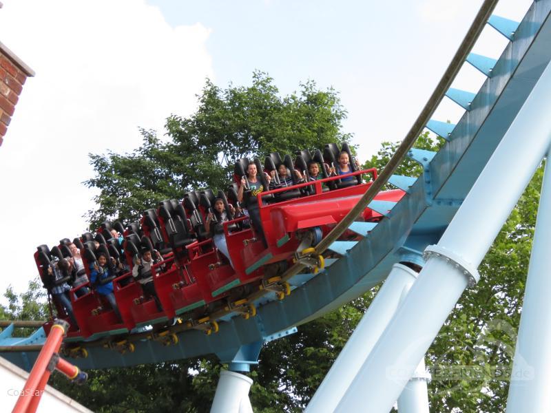 Shockwave im Park Drayton Manor Impressionen
