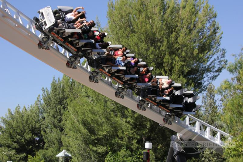 Full Throttle im Park Six Flags Magic Mountain Impressionen