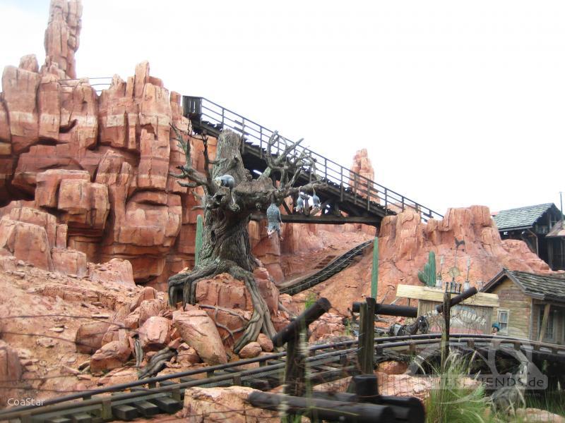 Big Thunder Mountain Railroad im Park Walt Disney World - Magic Kingdom Impressionen