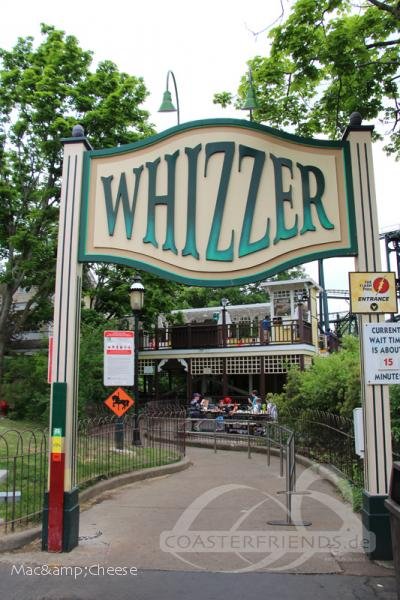Whizzer im Park Six Flags Great America Impressionen