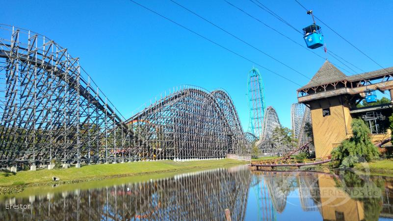 El Toro im Park Six Flags Great Adventure Impressionen