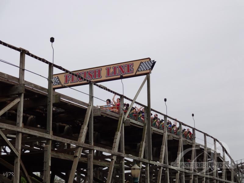 Lightning Racer (Lightning) (Right) im Park Hersheypark Impressionen
