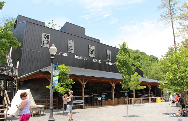 Black Diamond im Park Knoebels Amusement Park & Resort Impressionen