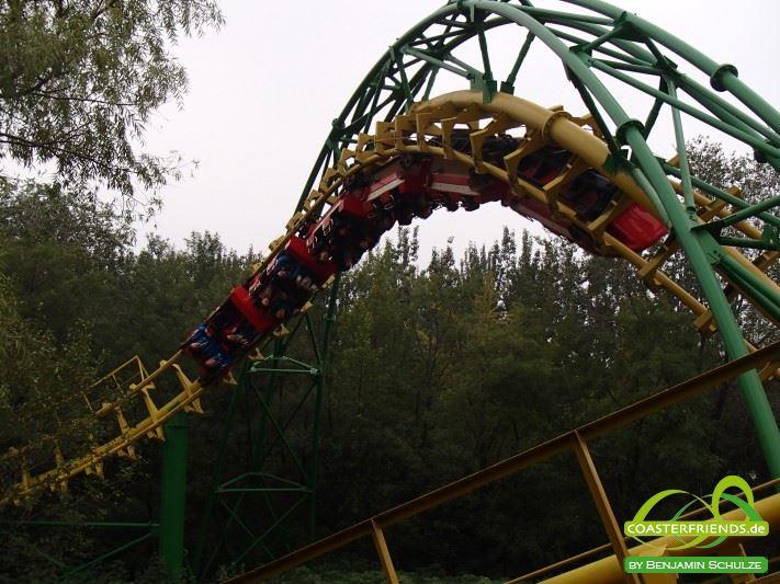 Asien - https://coasterfriends.de/joomla//images/pcp_parkdetails/asien/o209_beijing_shijingshan_amusement_park/content2.jpg