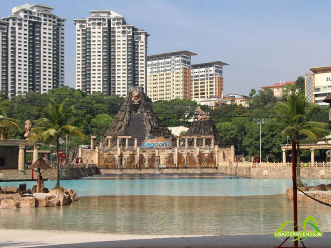 Asien - https://coasterfriends.de/joomla//images/pcp_parkdetails/asien/o2742_sunway_lagoon/content3.jpg