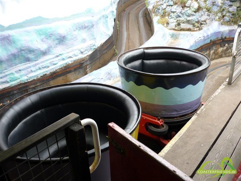 Europa - https://coasterfriends.de/joomla//images/pcp_parkdetails/europa/o1392_joyland_amusement_park/content1.jpg