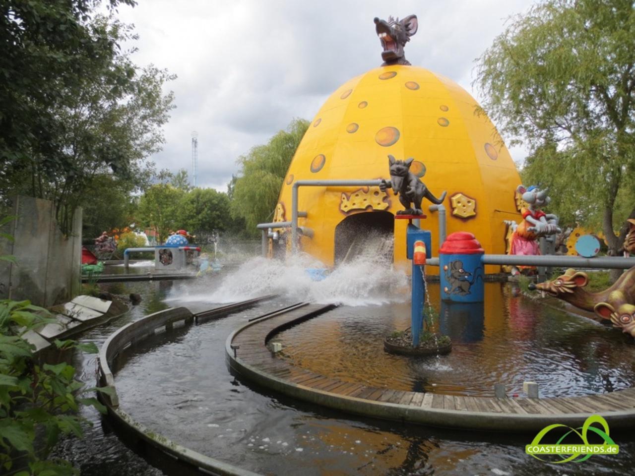 Europa - https://coasterfriends.de/joomla//images/pcp_parkdetails/europa/o268_BonBon_Land/content3.jpg