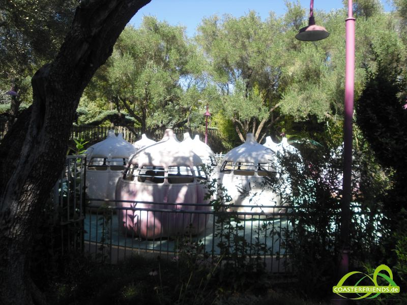 Nordamerika - https://coasterfriends.de/joomla//images/pcp_parkdetails/nordamerika/o1037_gilroy_gardens_family_theme_park/content2.jpg