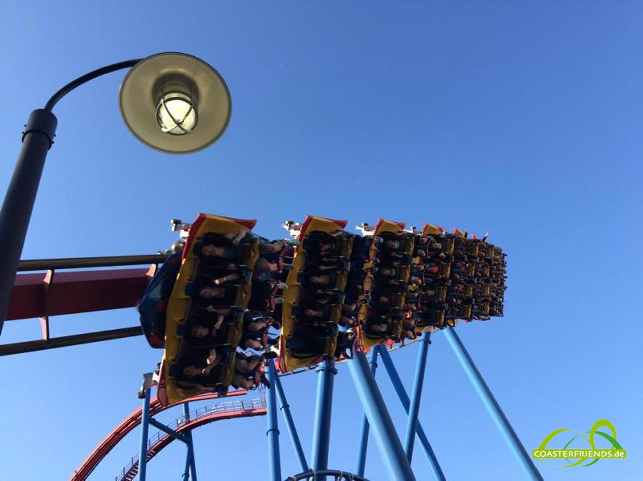 Nordamerika - https://coasterfriends.de/joomla//images/pcp_parkdetails/nordamerika/o2604_six_flags_great_america/content1.jpg