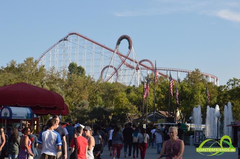 Six Flags Magic Mountain Impressionen