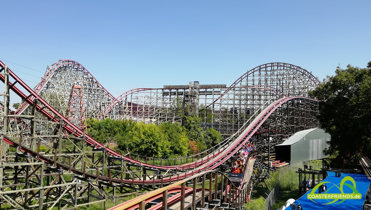 Nordamerika - https://coasterfriends.de/joomla//images/pcp_parkdetails/nordamerika/o2610_six_flags_over_texas/content3.jpg