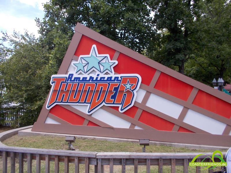 Nordamerika - https://coasterfriends.de/joomla//images/pcp_parkdetails/nordamerika/o2611_six_flags_st_louis/content1.jpg