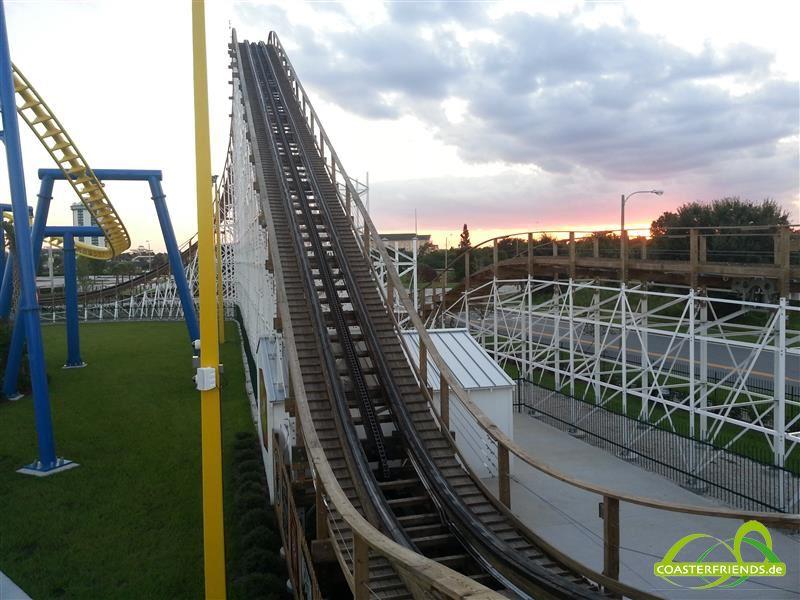 Nordamerika - https://coasterfriends.de/joomla//images/pcp_parkdetails/nordamerika/o942_fun_spot_america_orlando/content2.jpg