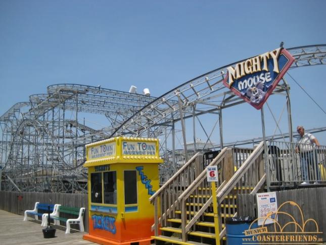 Nordamerika - https://coasterfriends.de/joomla//images/pcp_parkdetails/nordamerika/o985_funtown_pier/content3.jpg